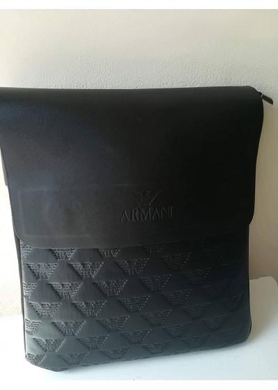 Мъжка чанта през рамо с релефен печат Армани