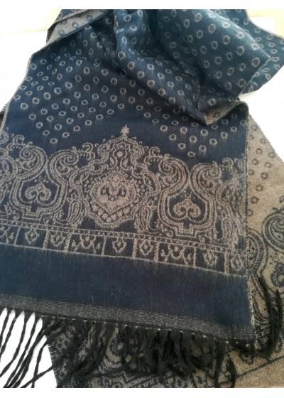Луксозен мъжки двулицев шал от финна вълна в тъмно синьо и бежово