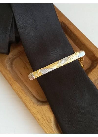 Стилна мъжка игла (щипка) за вратовръзка модел Gold