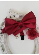 Комплект папийонка и бутониера за младоженец в цвят бордо