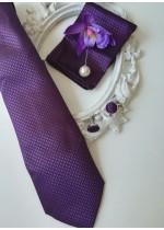 Луксозен сватбен комплект за младоженец вратовръзка бутониера кърпичка и ръкавели Purple Passion