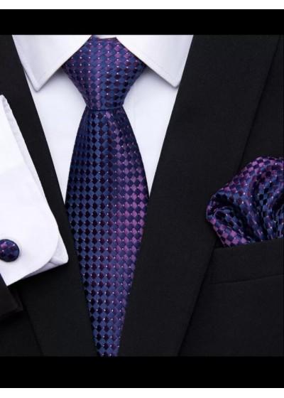 Луксозна мъжка вратовръзка в тъмно лилаво комплект с кърпичка и ръкавели