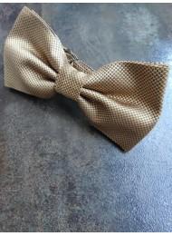 Копринена мъжка папийонка в златно