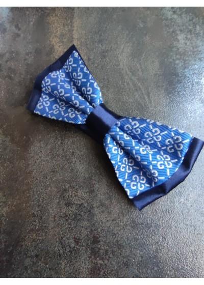 Уникална дизайнерска мъжка папийонка цвят тъмно синьо кралско синьо и бяло