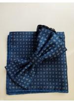 Елегантен мъжки комплект папийонка и кърпичка за джоб в синьо със зелени акценти