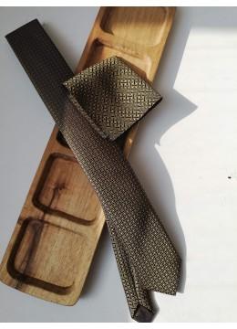 Изключително стилна и ефектна тънка мъжка вратовръзка от жакард със златисти акценти К 0887