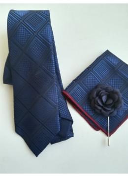 Ефектен комплект тъмно синя вратовръзка кърпичка за джоб и бутониера за младоженец и кум