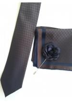 Изискан комплект мъжка вратовръзка кърпичка и бутониера в тъмно синьо и кафяво