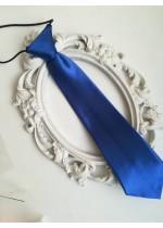 Готова детска вратовръзка на ластик- кралско тъмно синьо