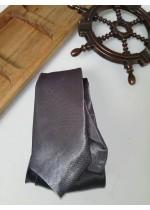 Мъжка вратовръзка в сребърно