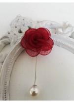 Бутониера - игла за младоженец и кум цвете в червено
