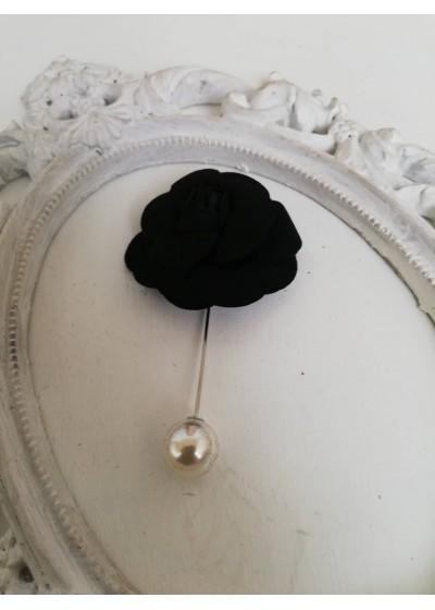 Бутониера - игла за младоженец роза в наситено черно